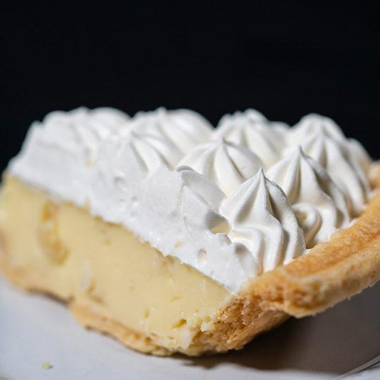 Macadamia-Nut-Cream-Pie